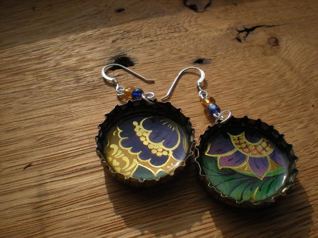 http://4.bp.blogspot.com/-uiv1U5HafLw/TiQWK-weduI/AAAAAAAAEss/TMWJvk1MpHM/s1600/upload_jewelry_013.jpg