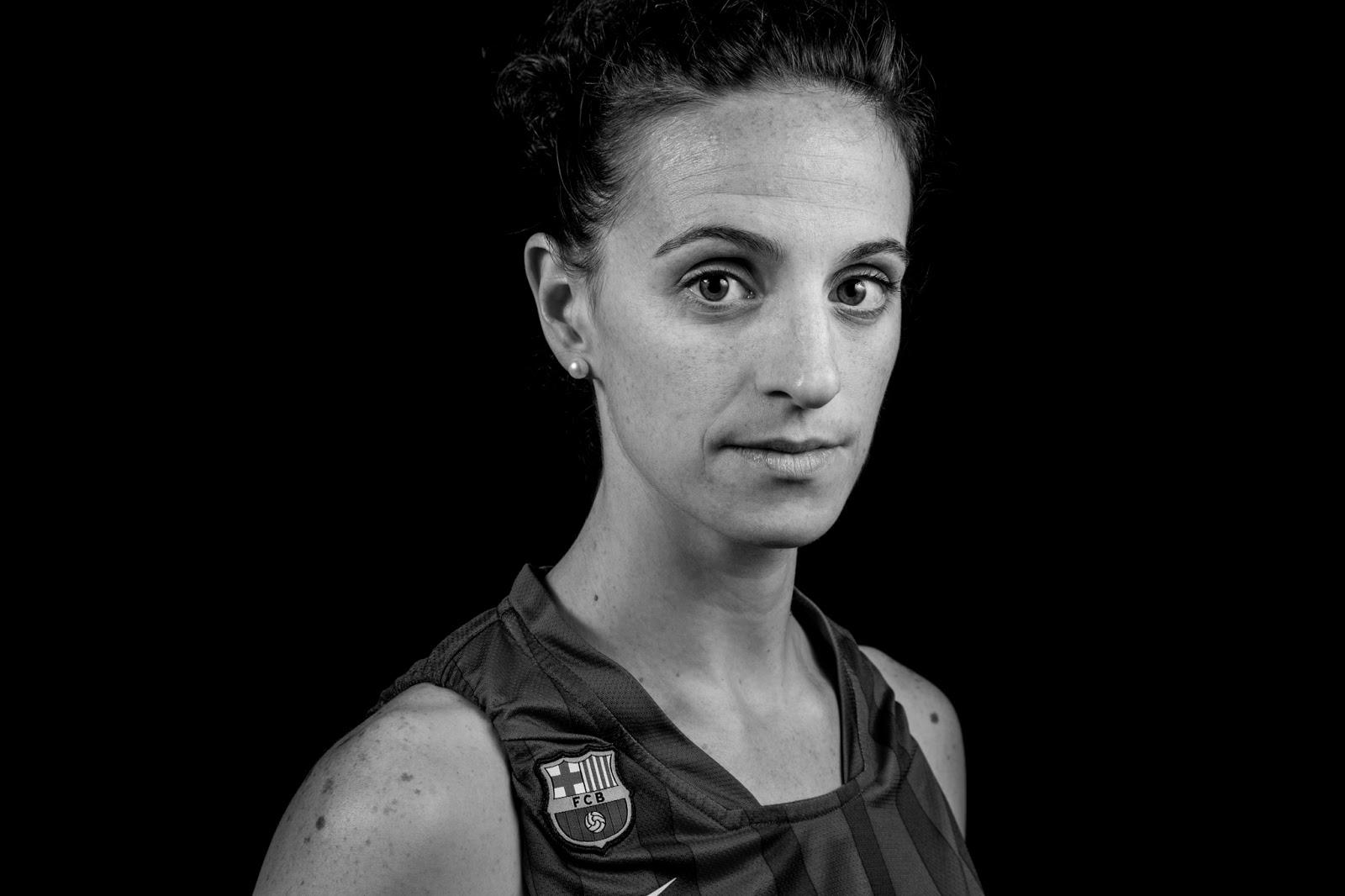 Sandra 13 - CBS Barça Senior Femenino A - 2013 :: EOS 5D MkIII | ISO100 | Canon 24-105 @55mm | f/11 | 1/60s