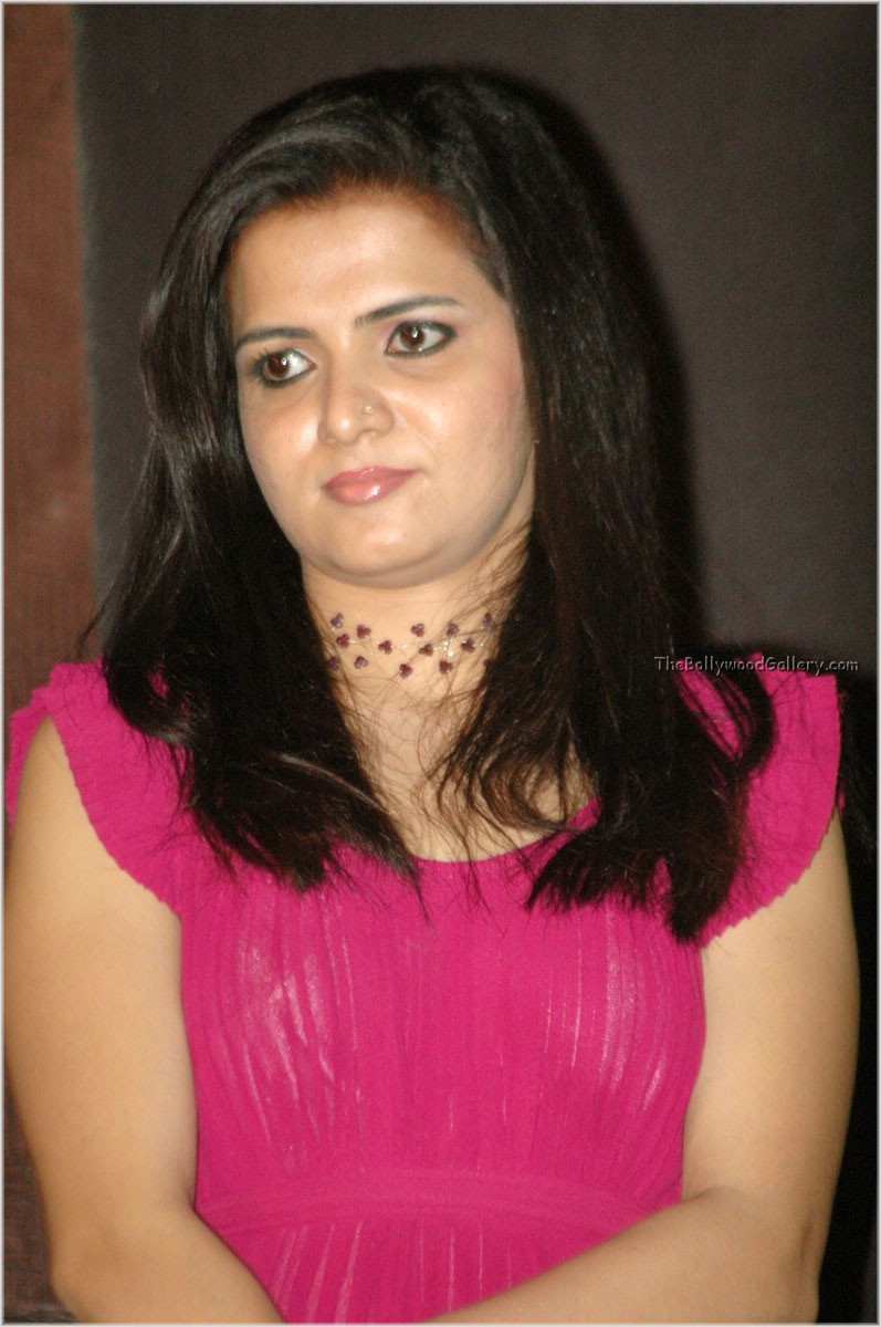 Vijay Tv Anchor Divyadarshini Marriage