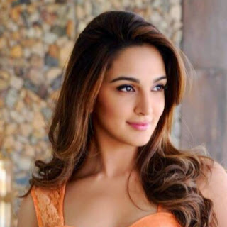 Kiara Advani  IMAGES, GIF, ANIMATED GIF, WALLPAPER, STICKER FOR WHATSAPP & FACEBOOK