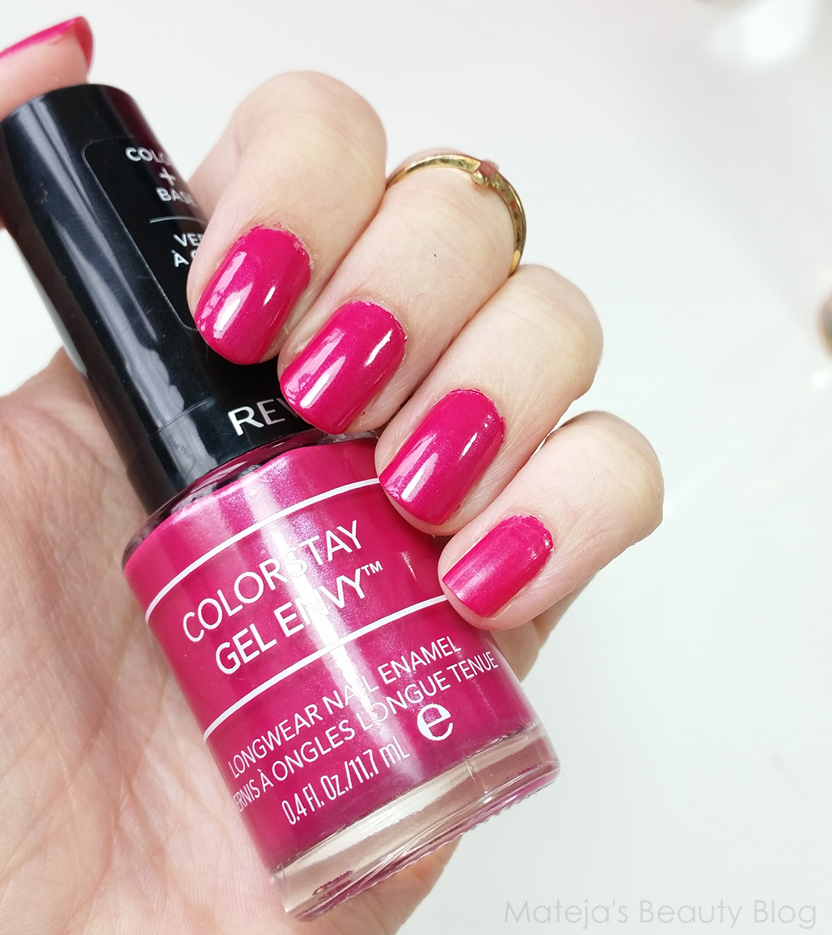 Good Beauty Blog: Revlon Colorstay Nail Envy 400 Royal Flush