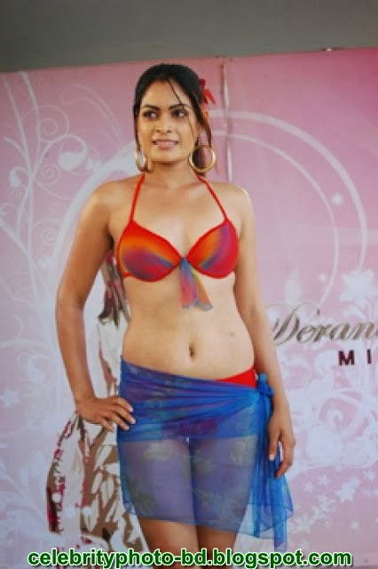 Sri Lankan Girls Wear Bikini In Fashion Show S