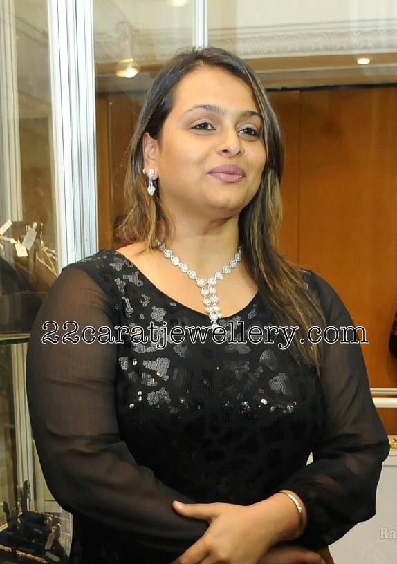 shilpa shirodkar wedding