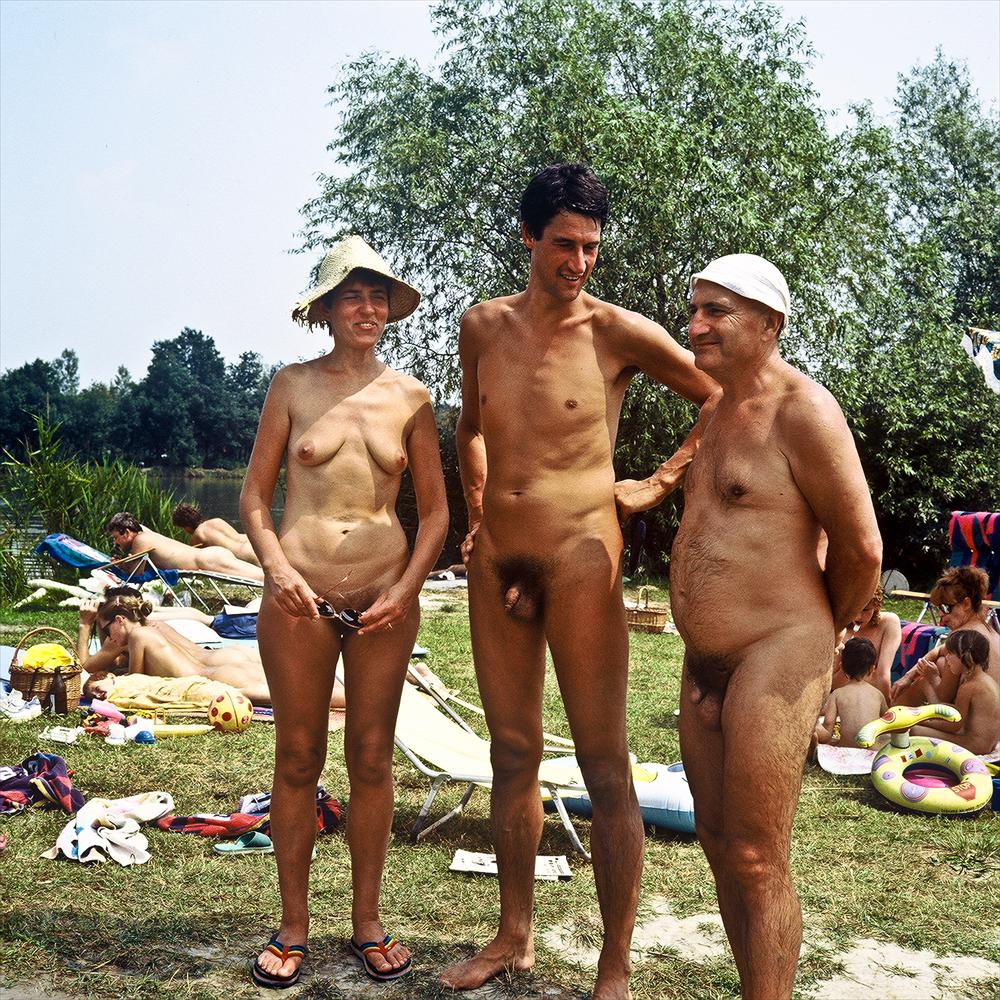 Diary of a Nudist: Nudist Photos of the Day 01-23-12