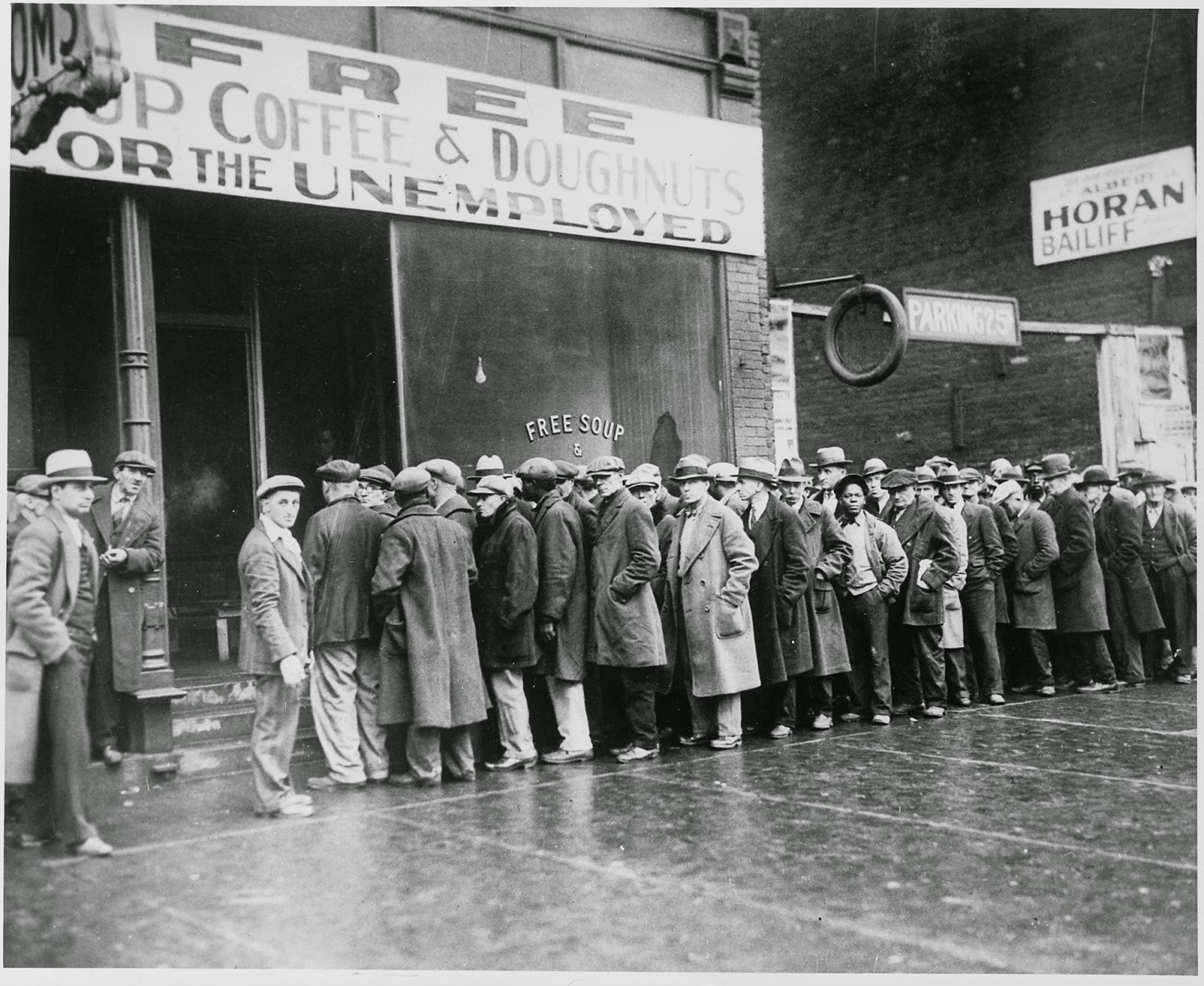 al capone s soup kitchen during the great depression  unemployed men outside a soup kitchen opened in chicago by al capone 1931