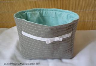 Materiałowy koszyczek