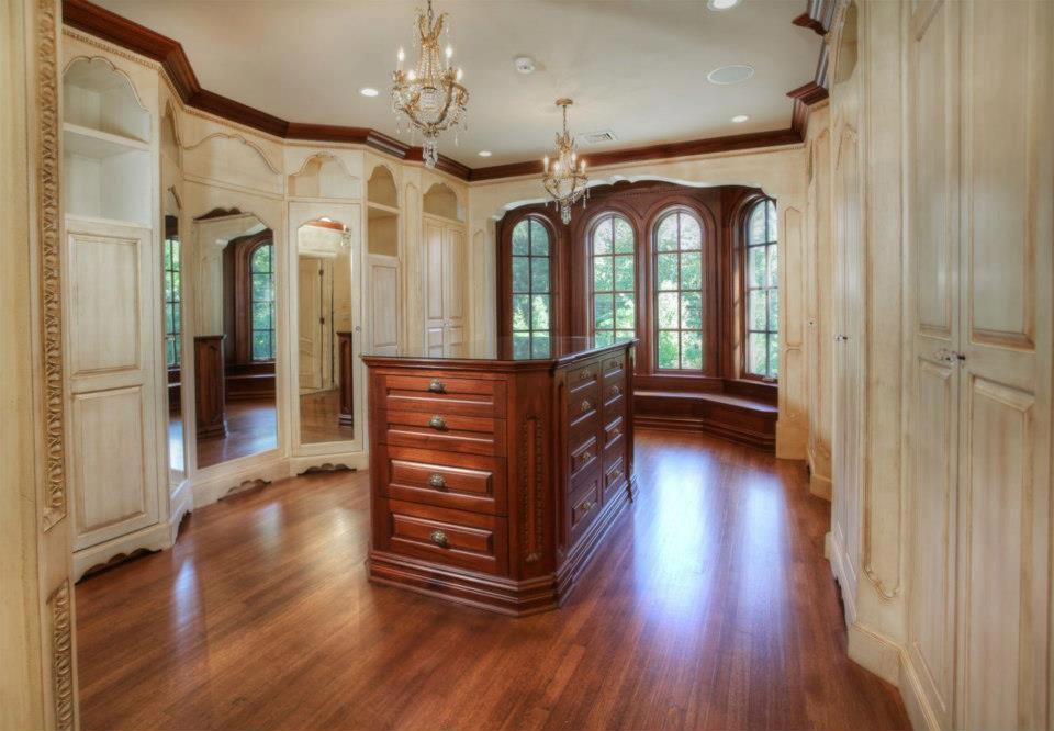 Elegant Residences Favorite Dressing Rooms