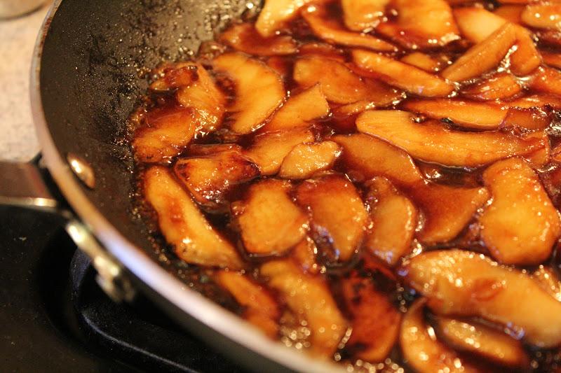 Apple-Almond Cheesecake Recipe — Dishmaps