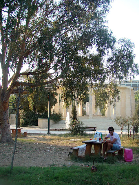 picnic in kennedy grove st paul's bay malta