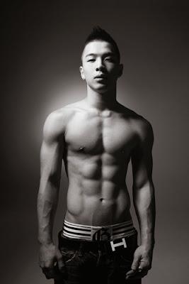 Taeyang sexy body