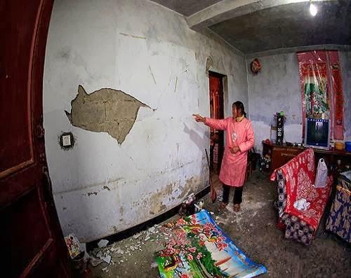 china_earthquake_damage_photo
