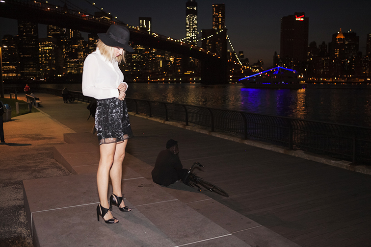 Brooklyn Bridge, Downtown Manhattan, New York City, black & white outfit, tuxedo dressing, foil shorts, rock n roll chic