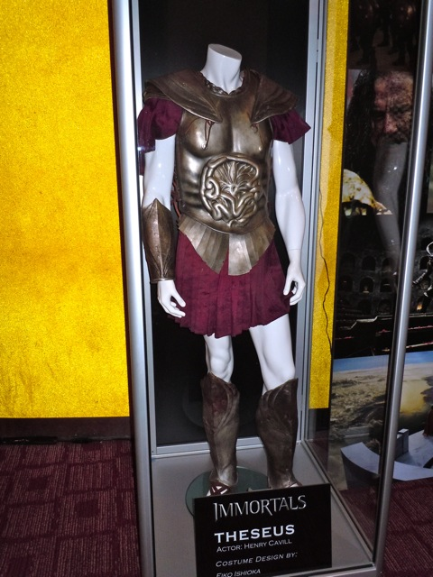 Henry Cavil Theseus Immortals costume
