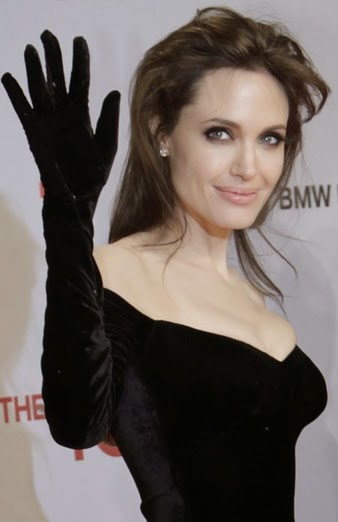 angelina jolie ovaries removed