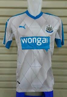 gambar detail jersey terbaru Newcastle musim depan Jersey Newcastle away terbaru musim depan 2015/2016