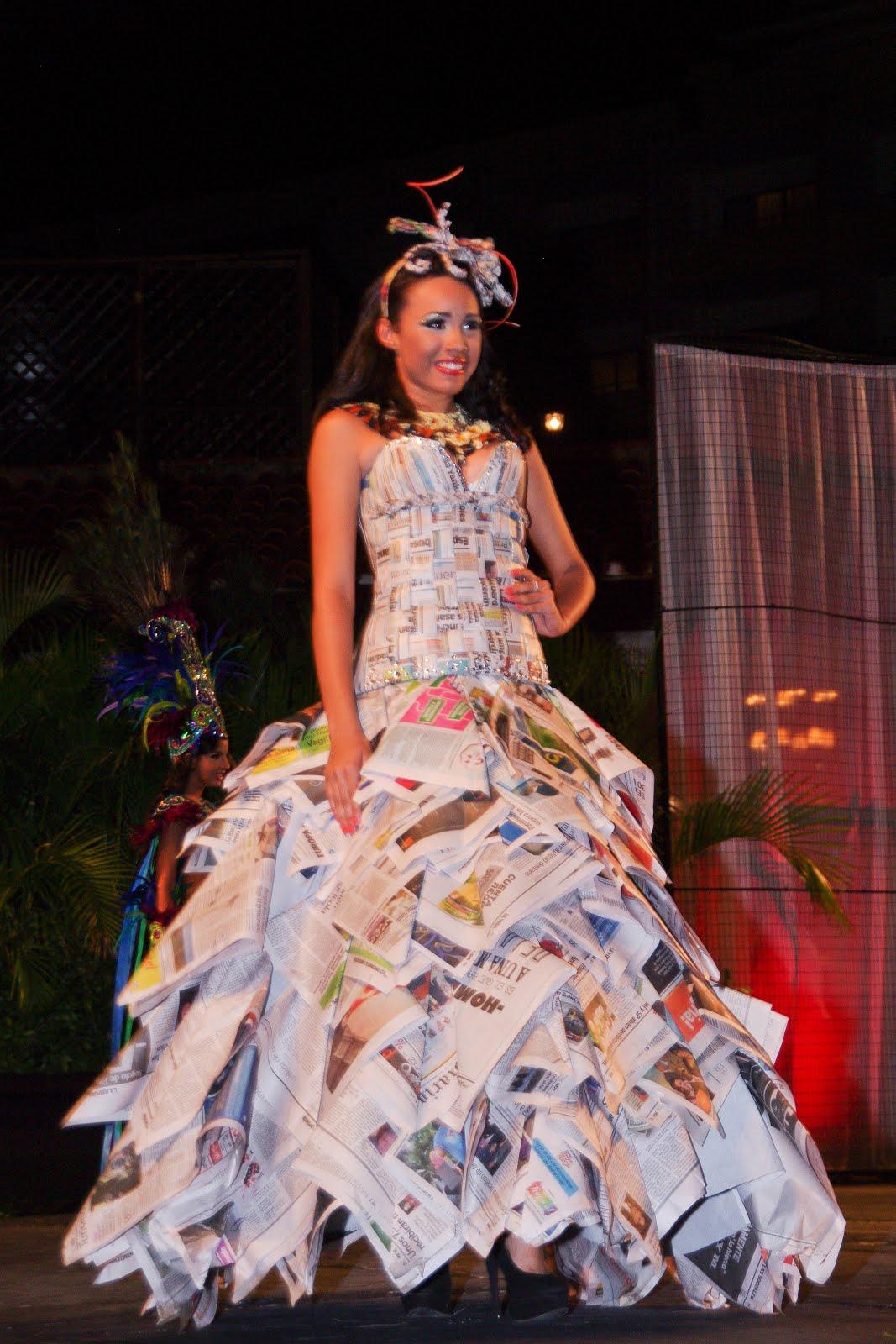 : Vestimenta de identidad, elaborados con materiales de reciclajes