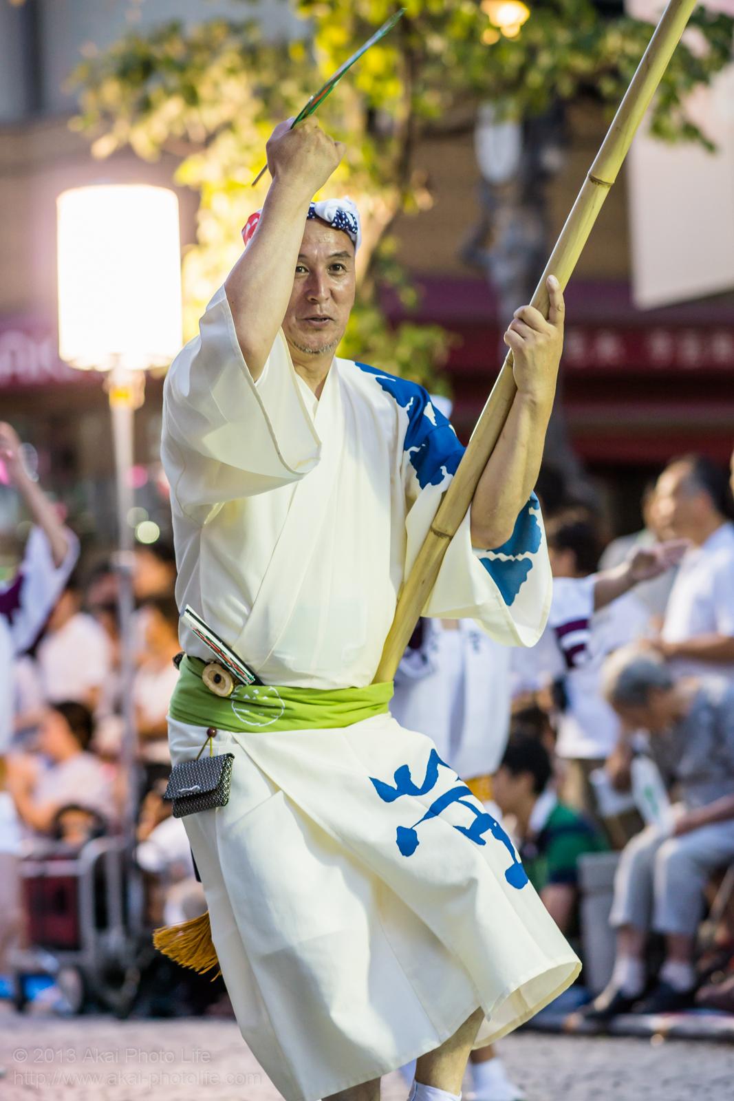 三鷹阿波踊り、江戸の阿波 螢の高張提灯を持つ連長