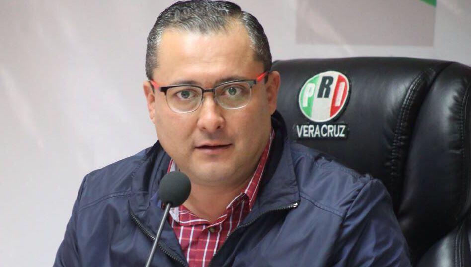 OPLE Veracruz incumple a los principios en materia electoral: Renato Alarcón