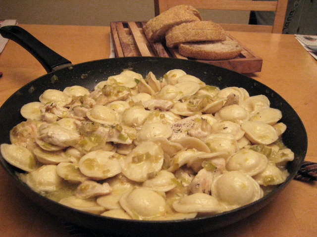 "... for dinner?"": Chicken, Caramelized Onions and Leeks with Ravioli"
