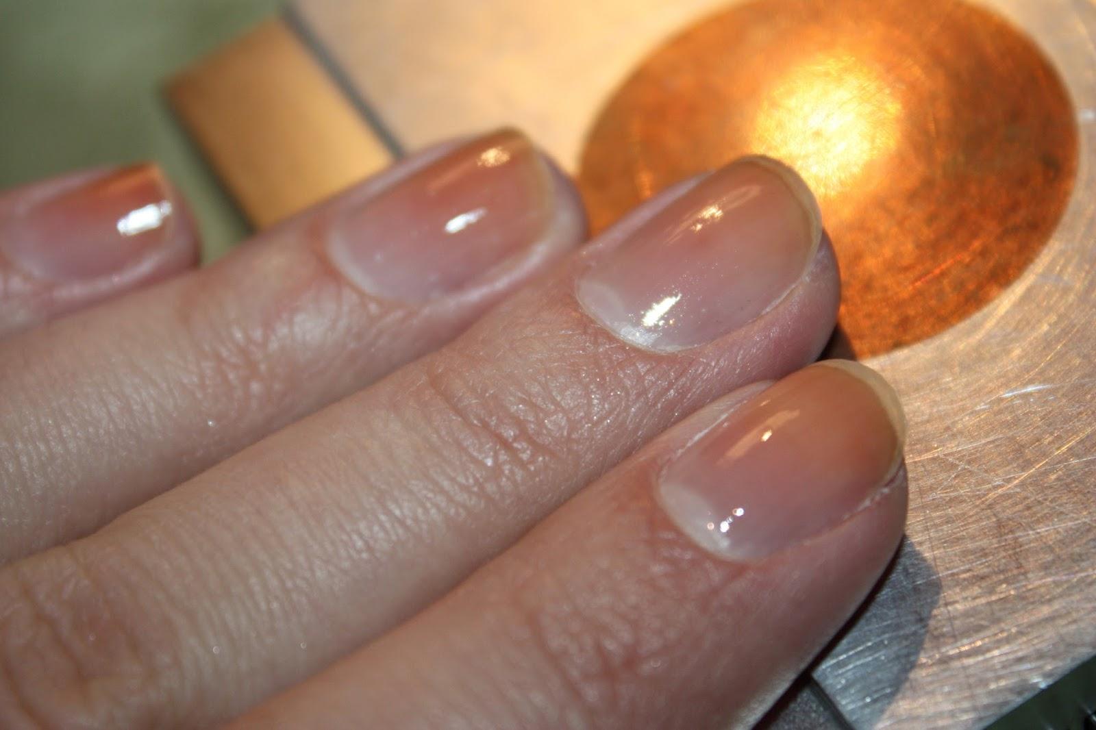 Фото лак для укрепление ногтей
