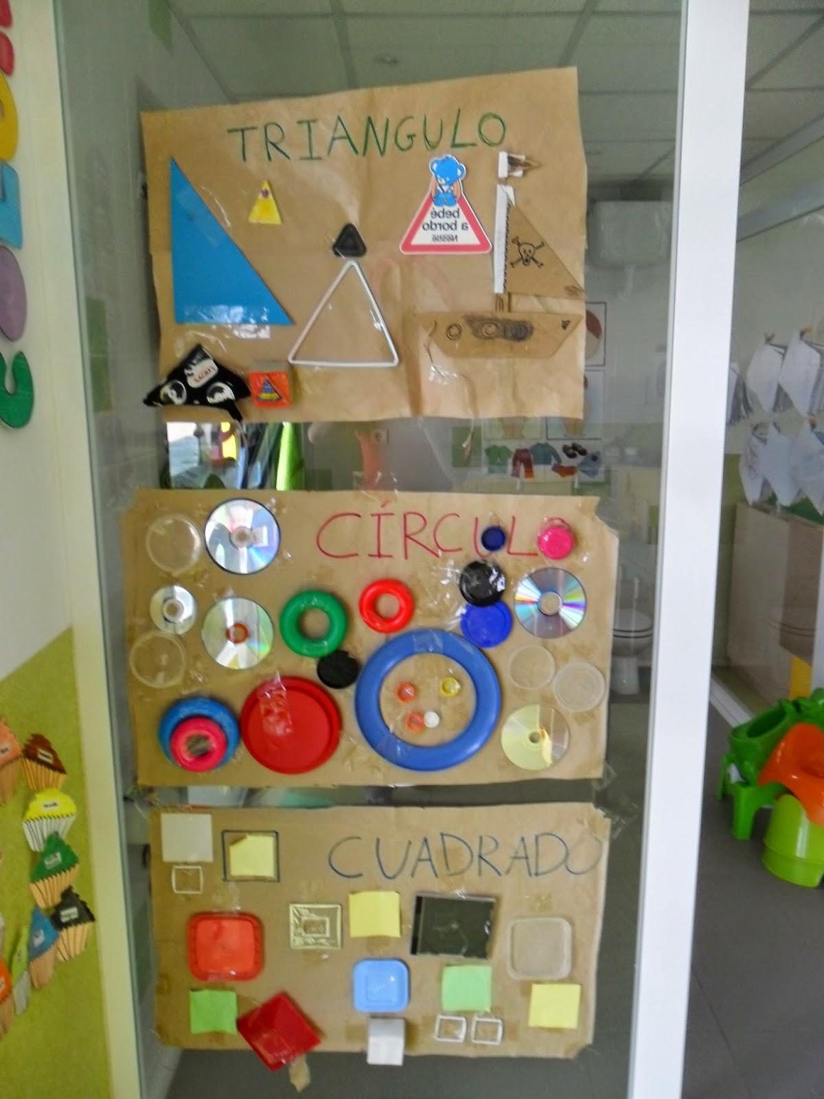 Materiales para educaci n infantil mural figuras geom tricas for Como pegar papel mural