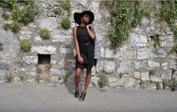 OOTD, LBD, little black dress, nastygal, outfit of the day, fashion, women's wear, robe, tenue du jour, chapeau noir, lunettes, zara, bourse, fringue, talons, accessoires, petite robe noire, bakers shoes, sac à main, h&M, jacket, jacquet, mode, blogueuse suisse, caribbean fashion blogger, west indie girl, swiss, Turning Point, Stéphanie Guillaume