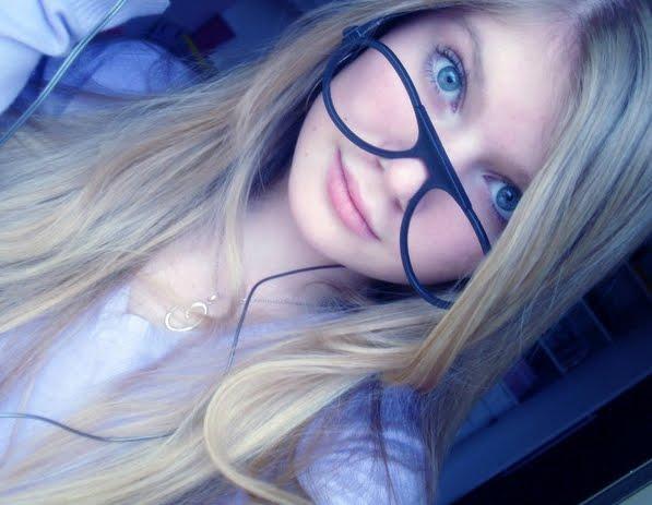 Loiras De Olhos Azuis