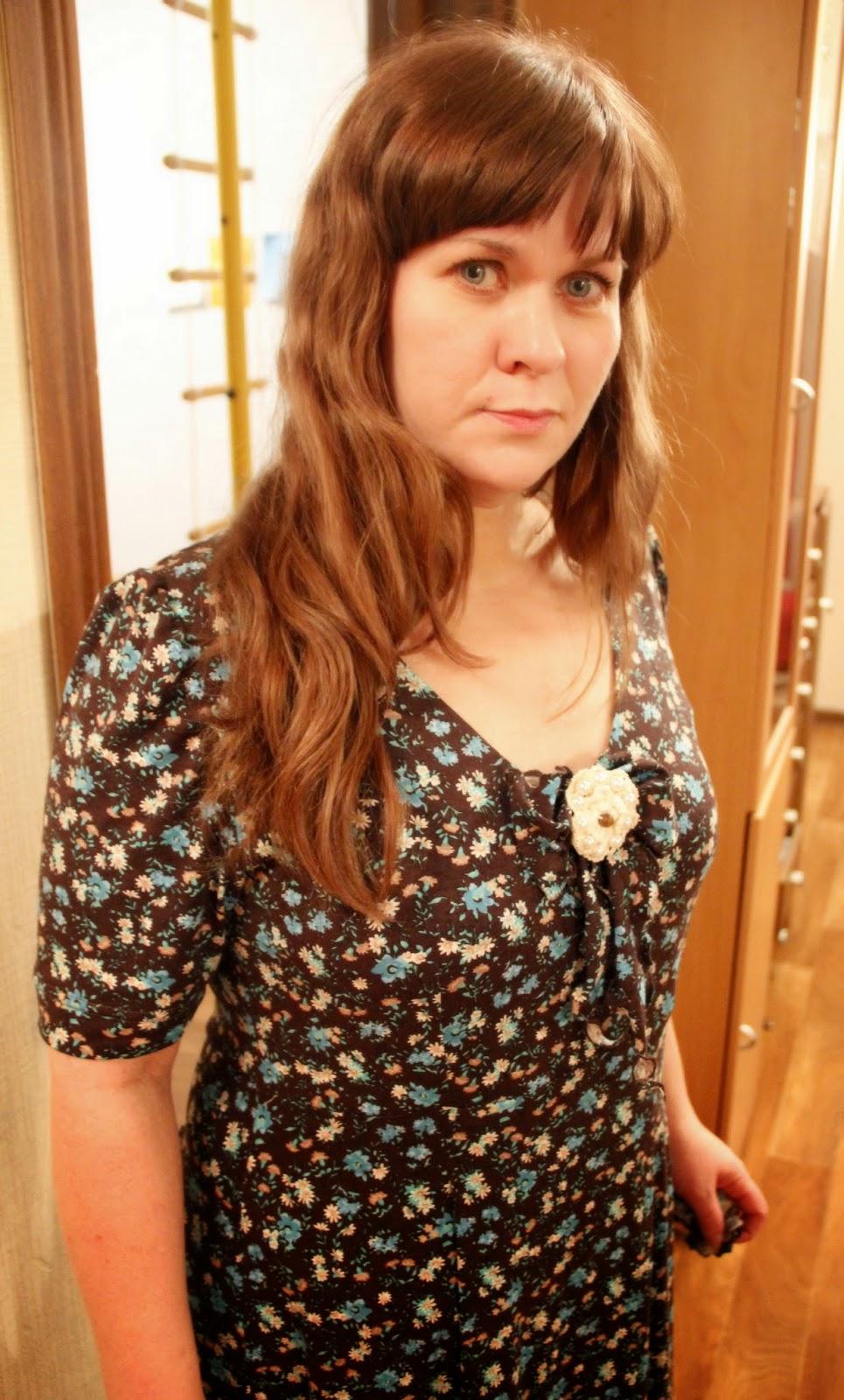 летнее платье из вискозы в цветочек