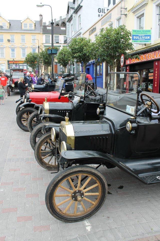 The Commodore Hotel: Commodore Hotel Titanic Classic Car Run
