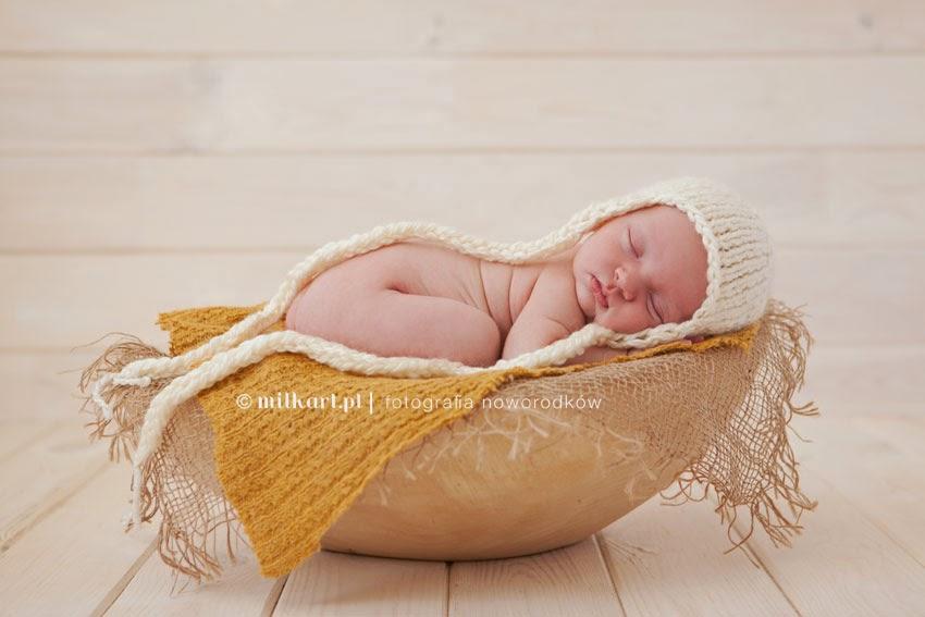 sesje zdjęciowe noworodków, fotografia noworodkowa Poznań, zdjęcia niemowląt, sesje niemowlęce, profesjonalne studio fotograficzne