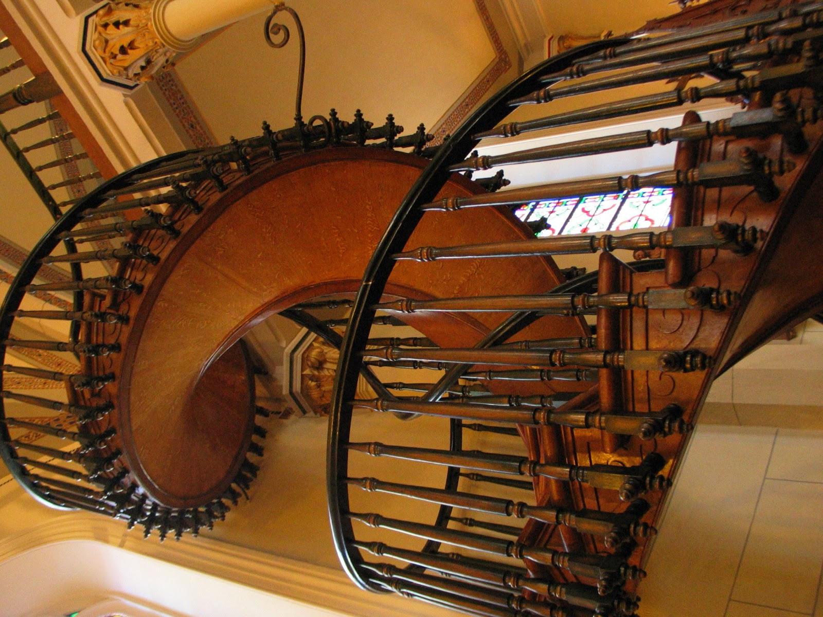 O milagre da escada de s o jos prepara o para a novena for Piso xose novo freire