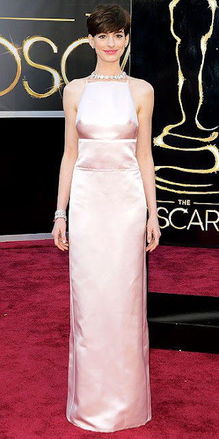 Anne Hathaway Oscars Dress, Prada