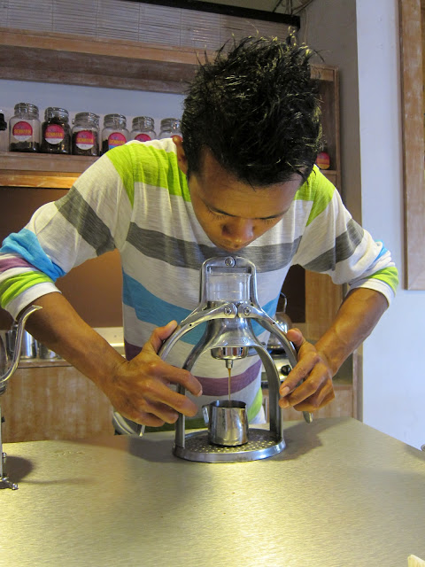Freshly roasted coffee, organic, artisan, Indonesian food, Ubud, Bali, unique