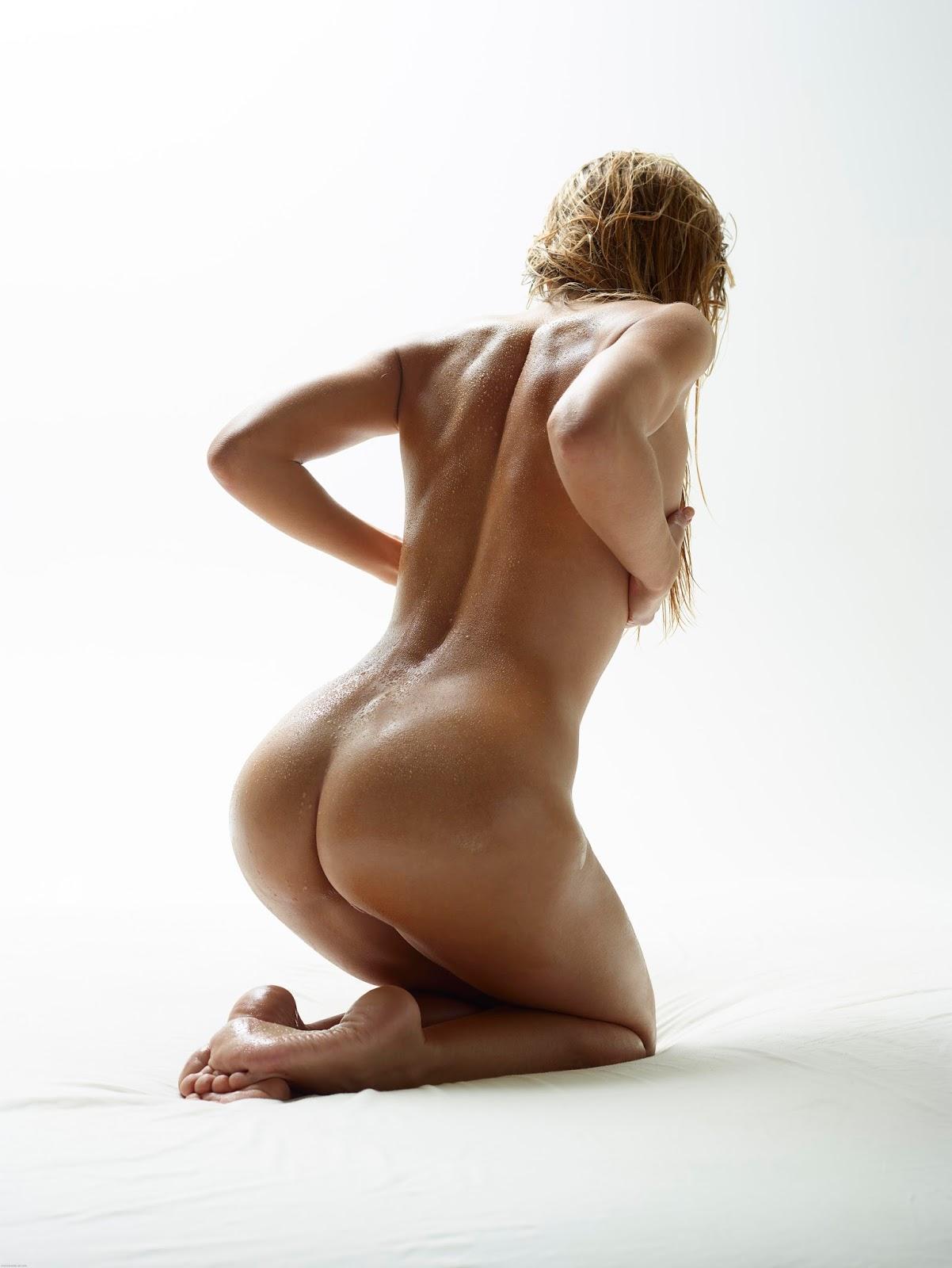 amber peach naked