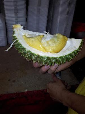 durian fruta fedida