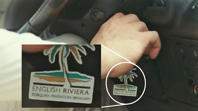 Metronomy-the-llavero-english-riviera