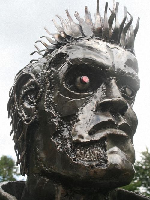 10c-The-Terminator-Arnold-Schwarzenegger-2.15m-high-Giganten-Aus-Stahl