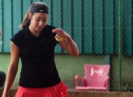 Paula Arias cae en semifinales