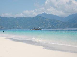 pantai di gili meno lombok