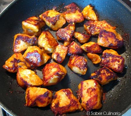 pollo a la plancha con salsa satay