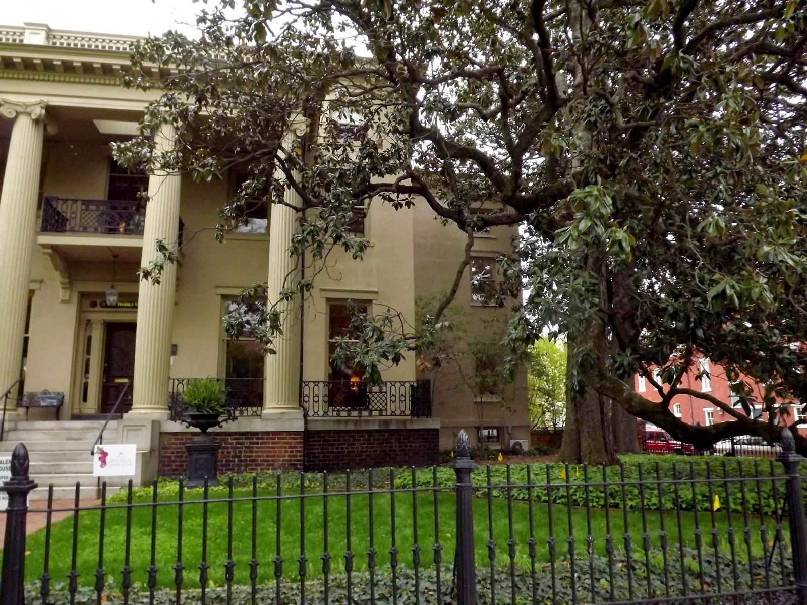 Forsythia Hill Finds Historic Garden Week In Virginia 2015