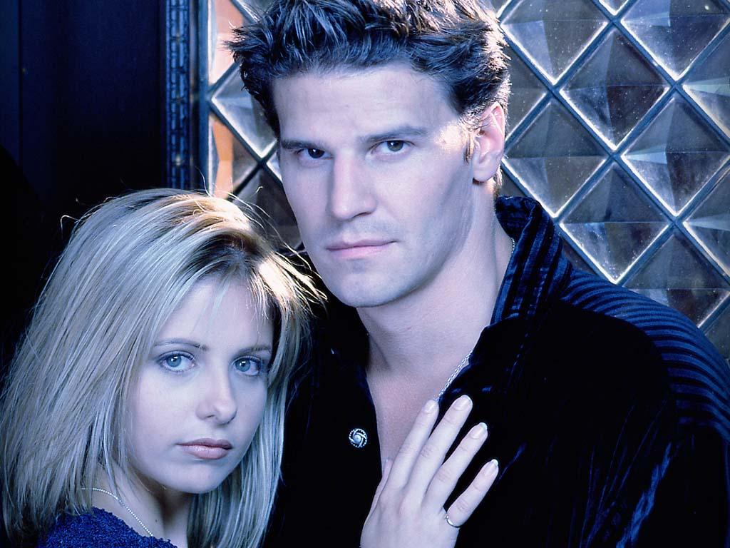 http://4.bp.blogspot.com/-uoS0nXi1Zwo/TWu61cuFlfI/AAAAAAAACRU/bo9i-yo13vA/s1600/Buffy-Angel.jpeg