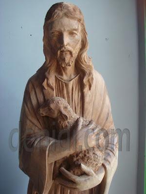 Ukiran Yesus Sang Penggembala