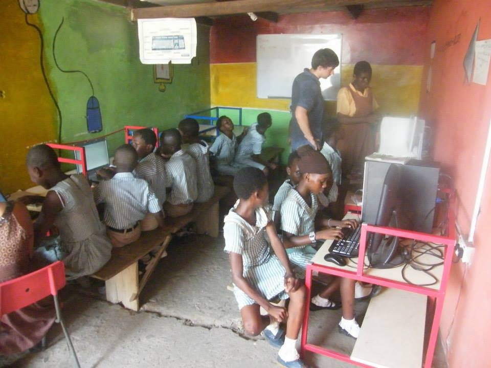 Future Leaders in Ghana helps needy children get an education for free.