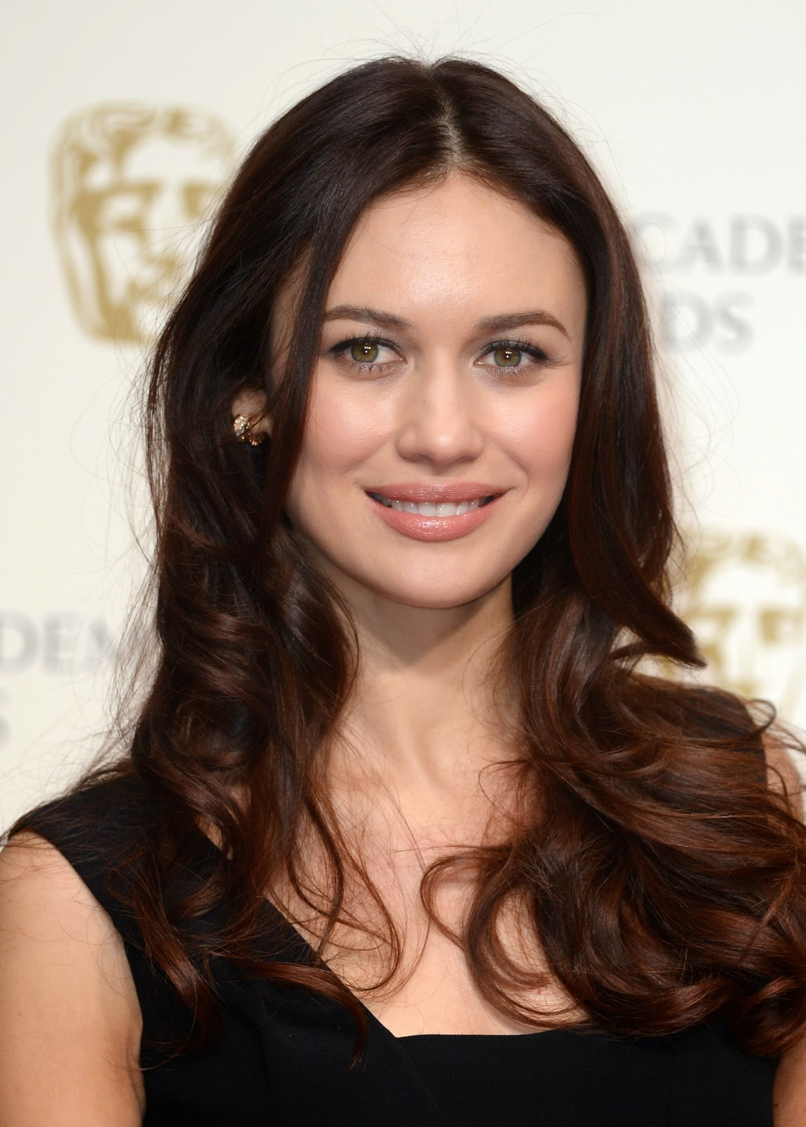 French actress Olga Kurylenko Full HD Photo & Wallpapers