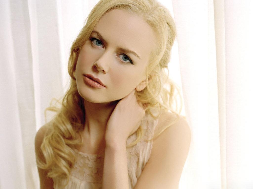 http://4.bp.blogspot.com/-uotahi57r8E/T7Re0RFM2bI/AAAAAAAABkk/X64A1GMf5Fw/s1600/Nicole-Kidman.jpg