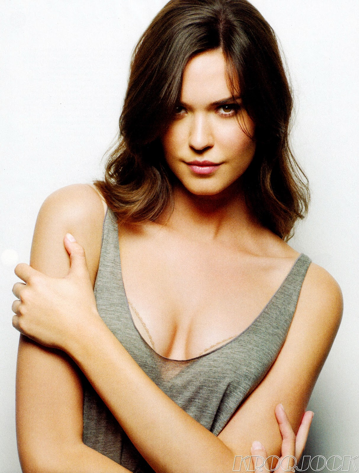 Odette Annable - Photo Gallery