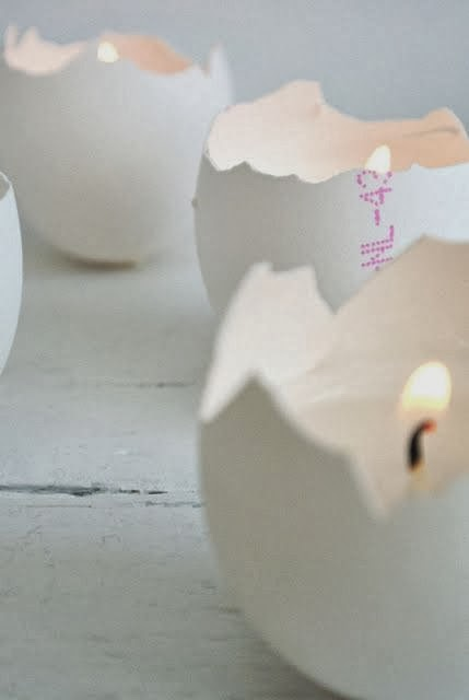 {Craft} 8 creative ideas for Easter | Easter egg candles