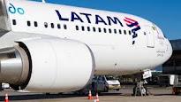 Latam Airlines también deja de volar a Caracas