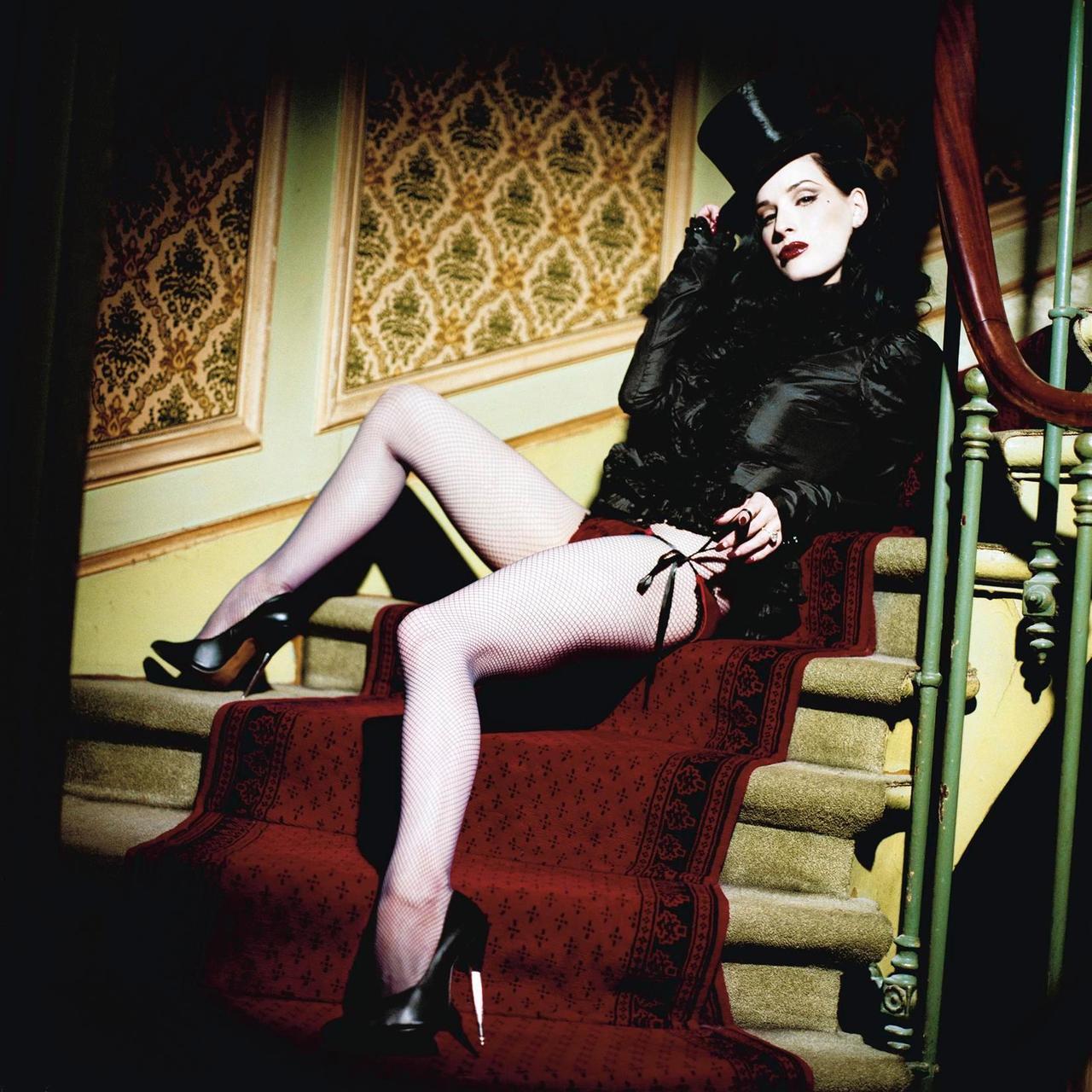 http://4.bp.blogspot.com/-upRKaGvLqow/TkvV-_6m5qI/AAAAAAAAE3E/TLSJ31DidLc/s1600/dittavontiese_lesmascotes.jpg
